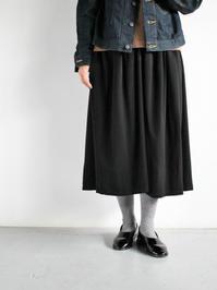 FACTORYバンブーウールのギャザースカート - 『Bumpkins putting on airs』