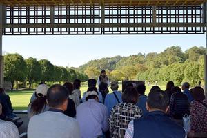 花フェスタ記念公園にて「講演&ローズガーデンツアーガイド」をさせて頂きました。 -