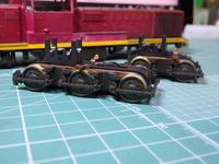 KATOのDE10台車塗装中 - Sirokamo-Industry