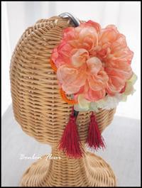 七五三髪飾りカチューシャ - Bonbon Fleur ~ Jours heureux  コサージュ&和装髪飾りボンボン・フルール
