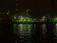 工場夜景光の要塞Ⅲ - 風の香に誘われて 風景のふぉと缶