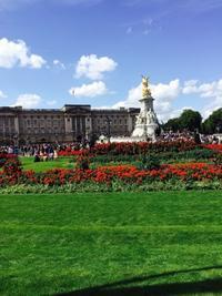 Buckingham Palace - マレエモンテの日々