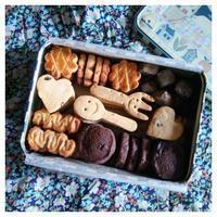 季節のクッキー缶。◆by アン@トルコ - BAYSWATER