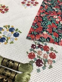 ●予告⑤ Shinshia シンシアさんの刺繍作品 「英国の小さなブックフェア」よりフェア」より - 英国古物店 PISKEY VINTAGE/ピスキーヴィンテージのあれこれ