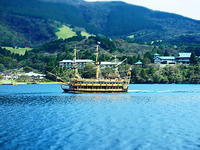芦ノ湖遊覧船 - 風の香に誘われて 風景のふぉと缶