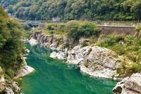 岩と淵 - ゆる鉄旅情