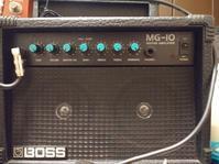 BOSSMG10ミニアンプ - 六弦偏愛場所