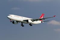 キャセイドラゴン航空 A330-300 新塗装機のアプローチ - 南の島の飛行機日記