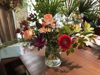10月のお花レッスンとセントル・ザ・ベーカリー) - リタイア夫と空の旅、海の旅、二人旅