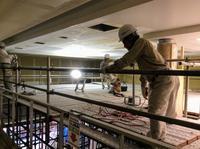 本堂天井の塗装中です - 設計事務所 arkilab