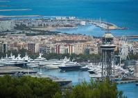 バルセロナの街と海を感じて - ほほえみ