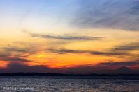 千葉から望む三浦半島と富士山の夕焼け - CANOPUS