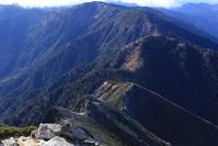 常念岳~蝶ヶ岳181028晩秋の稜線歩き後編 - 週末は山にいます