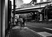 大阪梅北モノクロの世界 ⑥ - 写真の散歩道