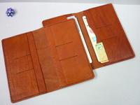 この通帳ケースをポケットに入れ・・ATMへ - 革小物 paddy の作品