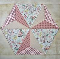 六角形のパターンで和風に - るなのキルトギャラリー