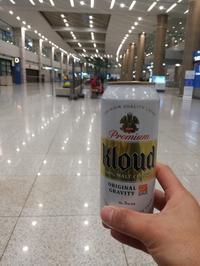 仁川空港で早朝ビール!! - 三毛猫酒場で朝から酎ハイ。。