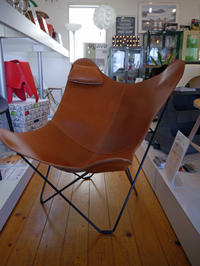 N様御注文BKF BUTTERFLY CHAIR PAMPA MARIPOSA POLO BROWN 無事到着し組み立て完了! - GLASS ONION'S BLOG