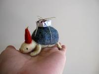 亀サンタ - こひつじ的生活~羊毛フェルトで作る小さな世界