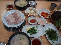 2度目の夕食(夜食?)はサンドゥンイテジクッパのテジクッパ<初めての釜山2018秋 Vol.5> - おいしいもの探し。
