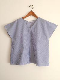 ブルーのヒッコリーの紗依/ブラウスと、Casshy/スカート(セミオーダー) - cous cous ORDER MADE