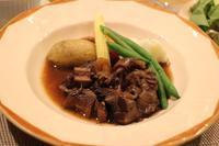 牛スネ肉の赤ワイン煮込み〜レシピあり - 大好きなワインと素敵な食卓