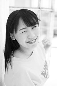石川真衣ちゃん4 - モノクロポートレート写真館