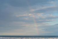 虹が出た。 - 東に向かえば海がある