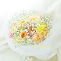 ご主人さまから奥様へ、結婚式1年目のサプライズのかすみそうブーケ八芳園さまへ - 一会 ウエディングの花
