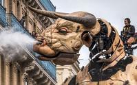 ギリシャ神話の怪物ミノタウロスと巨大クモ、仏南部に襲来? - 筆一本あれば人生は楽し! -イラストレーター原田伸治-
