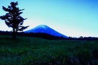 30年10月の富士(15)富士ヶ嶺の日の出の富士 - 富士への散歩道 ~撮影記~