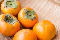 ご存知ですか?柿の消臭効果。 - 調剤薬局のサプリメント -薬剤師が研究・開発-