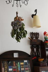 撮影でデザイナーさんに頂いた花束のドライフラワーが完成しました - フェルタート(R)・オフフープ(R)立体刺繍作家PieniSieniのブログ