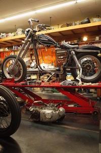 1972XLH1000 授業開始・エンジン分解作業 - Vintage motorcycle study