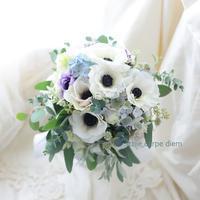 クラッチブーケ アネモネ 綱町三井倶楽部様へ、翌日お母様が押し花に - 一会 ウエディングの花