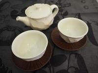 松平彩子さんの白い茶器と酒器 - うつわ楓店主たより