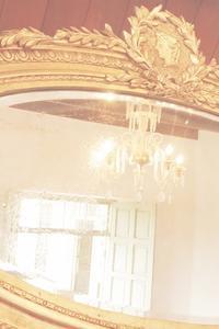 魔法の鏡 - 赤煉瓦洋館の雅茶子