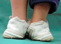 パーキンソン病 と LGBT & 女の子だから………と 子供の「 靴 」 - SPORTS 憲法  政治