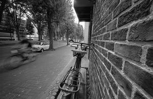 すれ違う若い自転車と年老いた自転車 - Film&Gasoline