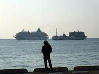 """11月11日(月)、神戸港中突堤に客船""""飛鳥Ⅱ""""が入りました - フォトカフェ情報"""