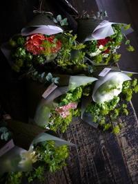 撮影のクランクアップの花束。平岸4条にお届け③。ミニブーケ5種。2018/11/06。 - 札幌 花屋 meLL flowers