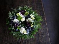 リース型アレンジメント。東京から、札幌でのザ・ボーイズ&ガールズさんのライブにいらっしゃって、お店にお立ち寄りくださいました。2018/11/10。 - 札幌 花屋 meLL flowers