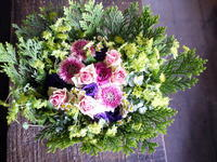 お父様に、受賞のお祝いのアレンジメント。2018/11/10。 - 札幌 花屋 meLL flowers