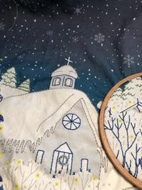 教会の刺しゅう / ケーキといちご - y-hygge