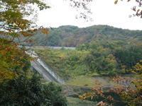 御前山ダムへ紅葉を見に - 自転車走行中(じてんしゃそうこうちゅう)