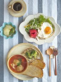 トマトスープの朝ごはん - 陶器通販・益子焼 雑貨手作り陶器のサイトショップ 木のねのブログ