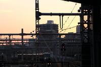 黄昏時の大阪駅 - わんまいる*さんぽみち