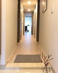 玄関と洗面所もクリスマスインテリア。/ イロトリドリおうちごはん - イロトリドリノ暮らし~シンプル×北欧モダン~