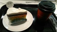 DEAN & DELUCA CAFE(ディーン&デルーカ カフェ NEWoMan)『レインボーケーキ』 - My favorite things