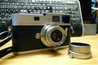 キターッヽ(゚Д゚ )ノ━━━━!! ライカMモノクローム - 絵で見るカメラ + plus